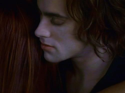 Bite me Stuart Townsend LOL (he was devinely sexy as Lestat in the movie Queen of the Damned).