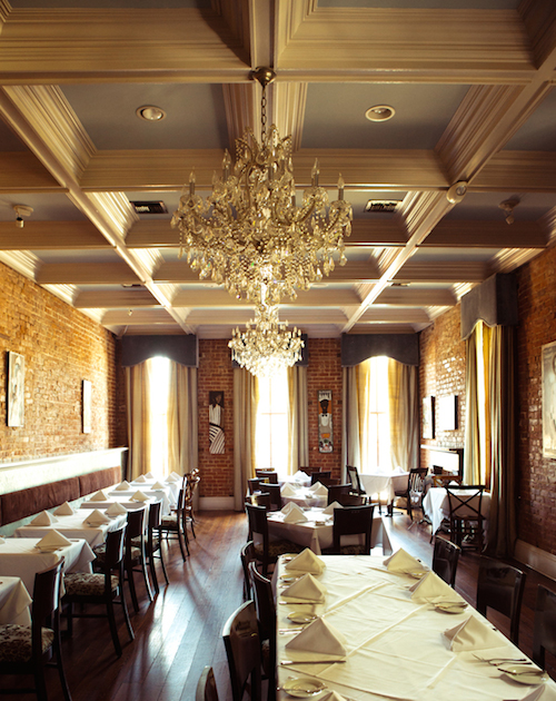 New-Orleans-Essential-Restaurant-coquette-main